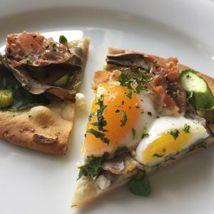 I made duck egg breakfast pizza this morning and ithellip